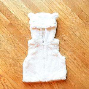 Faux Fur Hooded Vest Cream 3T